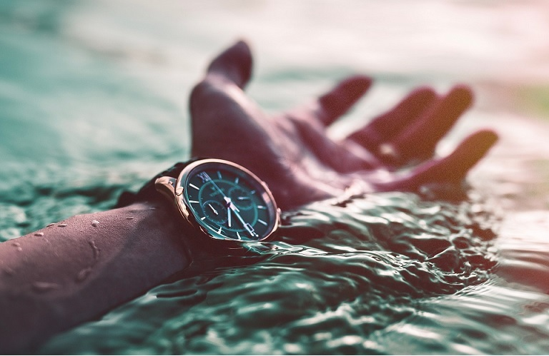 What to Do if Your Watch Gets Wet
